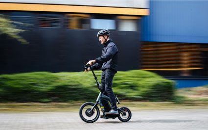 The E-Scooter STEEREON of PLEV Technologies GmbH in use